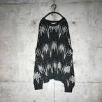 [used] line graph desighned knit