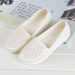 【shoes】透かし彫り丸トゥ疲れない大好評フラットシューズ 22582663