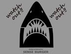 watch out!! 車のエンブレムに貼り付け サメ 鮫 シャーク デカール ホホジロザメ ホオジロザメ 気をつけて ステッカー エブリィ ハスラーに貼り付け 黒 ブラック 【sti03611blk】