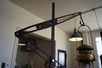 Lantern stand  Lloyd Iron CAMPOOPARTS&gravity-equipmentコラボ ランタンスタンド「ロイド」アイアン キャンプ オーパーツ