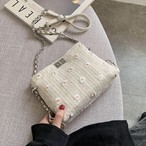 【送料無料】おしゃれな花柄刺繍 ♡ 大人可愛い ガーリー チェーン ショルダー 斜めがけ バッグ カバン