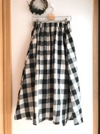 ブロックチェックのロングフレアスカート