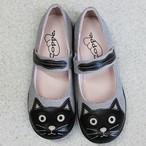 ネコモチーフ・ベルトカジュアルシューズ(ブラック)【猫雑貨 靴】