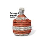 セネガルの蓋付きバスケット