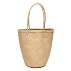 肩に掛けられる持ち手が長いトートバッグ ロンタル椰子で編まれたとっても軽いカゴバック