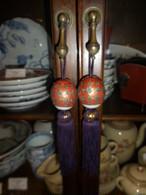 九谷焼(緑と朱色)の風鎮 Kutani porcelain hanging-scroll weight