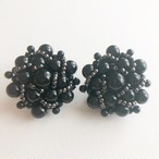 black beads cluster earring[e-1262] ヴィンテージイヤリング
