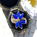 【限定SALE】6/24(金)までお値下げ中‼️ ラピスラズリ&ダイヤモンドの個性的なFlowerリング‼️