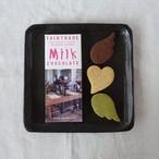 サリナス村の板チョコレート Milk