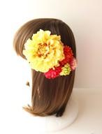 黄色のダリア、赤マムの髪飾り