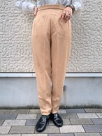 (TOYO) center press design tapered pants