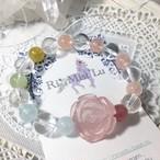 ローズのバラとミックスベリル、ディープローズクォーツ、虹のアイリスクォーツブレスレット