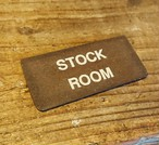 【残り一点】アイアン 錆 ミニ看板 縦文字Stock room