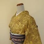 正絹紬 ベージュに淡い緑の花模様 単の着物