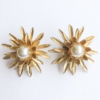 gold & pearl flower earring[e-1144]