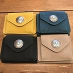 コンパクトコンチョボタン三つ折り財布