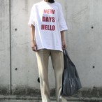 "unscrum ロゴプリントTシャツ ""NEW DAYS HELLO""  RED【20SS】"