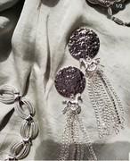 silver circle × silver mini horse × silver chain tassel