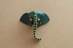 革のブローチ ゾウ/グリーン