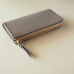L字ファスナーの短め長財布 / グレー