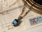 ヴィンテージ 青いギブレ・クラシックスタイル・ネックレス