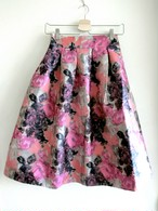 再入荷★ミモレ丈の水彩画風花柄スカート ピンク