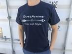 【Fine7月号掲載】ThreeArrowsロゴ Tシャツ(navy)