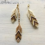 Feathers Asymmetrical Pierce/Earrings -beige brown-