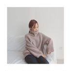 大き目の袖とハイネックがカワイイ☆ざっくり編みセーター