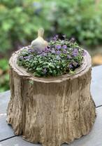 ガーデンオブジェ 小さな小鳥 下向き 尾が上