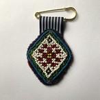 [Trophy] Hand Needle Brooch _16(ヴィンテージ ハンドメイド 刺繍ブローチ)