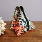 マラウィ産 アフリカ布の三角ポーチ 02 【送料無料】