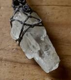 ペタライト原石マクラメペンダント(CASA BLESSING®︎)petalt-0014