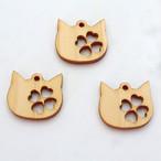 【当店オリジナル】【3個】ひのきの猫顔にクローバーパーツ【アクセサリーパーツ】