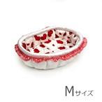 ふーじこちゃんママ手作り ぽんぽんベッド(サテンホワイト・赤ハート柄)Mサイズ【PB1-133M】