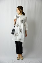 ミシン刺繍スタンドカラーシャツワンピース