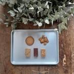 コーヒーとクッキーの箱