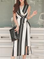 【dress】Ⅴ-neck sleeveless strap pattern date dress