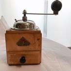 ドイツ ヴィンテージ コーヒーミル  木製 PEDE DIENES