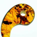 【はるか太古からの石】 琥珀 (アンバー・コーパル) 勾玉 スモールサイズ