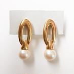 """Monet"" gold & pearl pierce[p-591]"