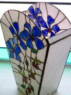 ステンドグラス フロワーランプ 可憐な花々
