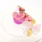 チェシャ猫モチーフのロールケーキ バッグチャーム(ピンクと水色のりぼん)