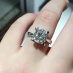 モアサナイト 2カラット リング 婚約指輪 ダイヤモンドリング