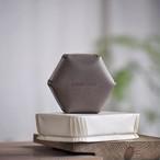 革の六角形ボックス