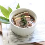 豚バラとレンズ豆の煮込み