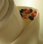半衿・白半衿のようで椿の刺繍(縮緬布)