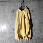 [used] one pointed yellow long polo