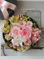 BOXアレンジメント/スィートピンク/プリザーブドフラワー/誕生日祝い・結婚祝い・卒業・お見舞い【即日発送】【お届け日指定可能】