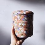 【重箱】撫子 円形 前畑陶器窯山庫 磁器 お重 三段重 美品 デッドストック